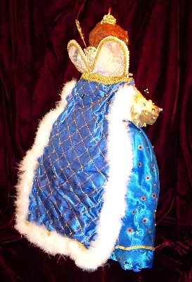 Queen Elizabeth I doll by Alesia